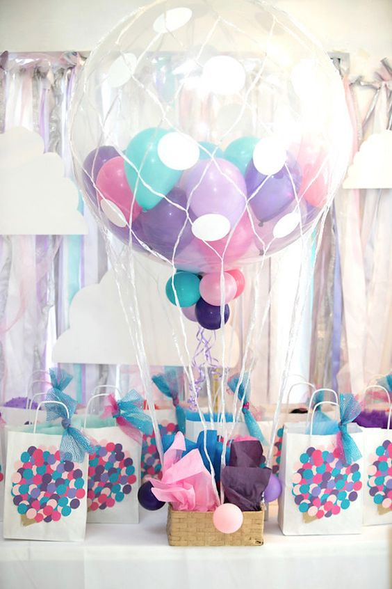 DIY Hot Air Balloon | DIY Balloon Party Ideas | Pretty My Party