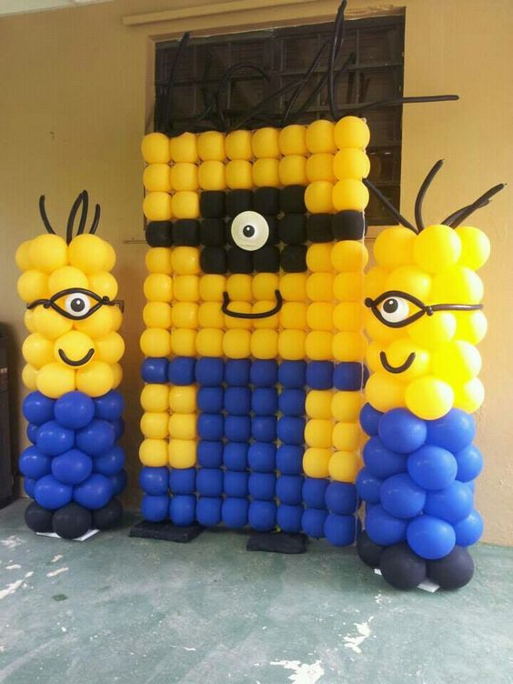 DIY Minion Balloons | DIY Balloon Party Ideas | Pretty My Party