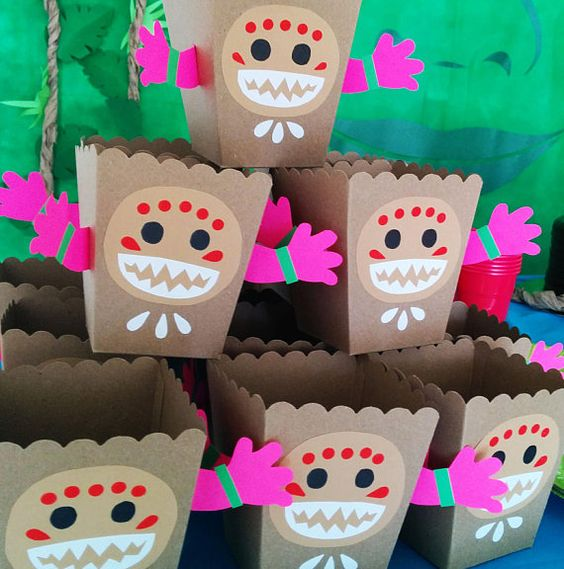 27 disney moana birthday party ideas pretty my party for Caja de colores jardin infantil
