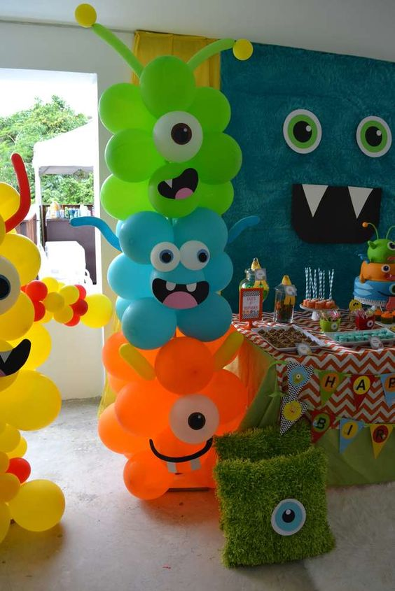 DIY Monster Balloons | DIY Balloon Ideas | Pretty My Party