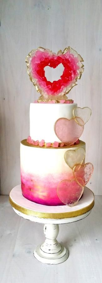 Pink Heart Geode Birthday Cake | Geode Cake Ideas