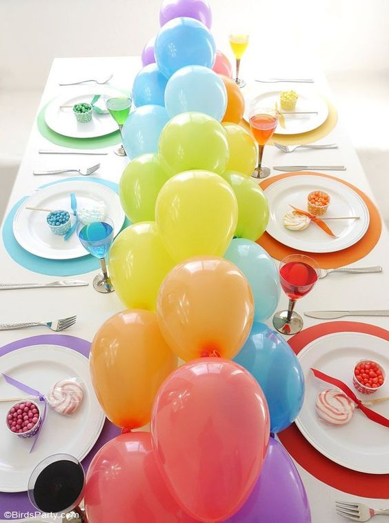 DIY Rainbow Balloon Tablescape | DIY Balloon Party Ideas | Pretty My Party