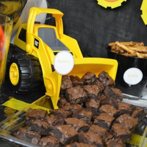 Construction Party Ideas - Dump Truck Brownies
