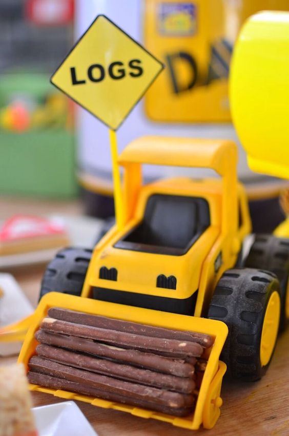 Construction Party Ideas | Logs