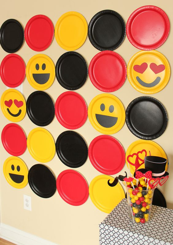 DIY Emoji Photo Booth Backdrop