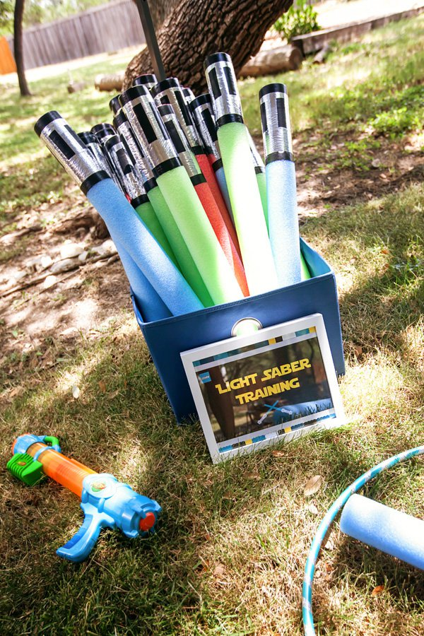 DIY Pool Noodle Light Sabers | Star Wars Party Ideas