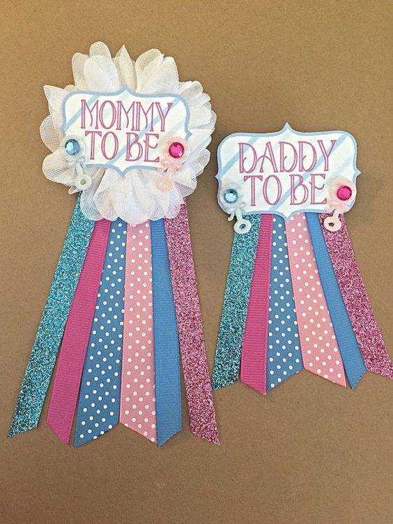 Party pins for soon-to-be parents.