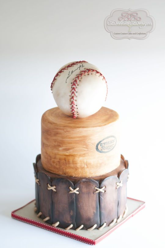 Baseball Cake | Baseball Party Ideas