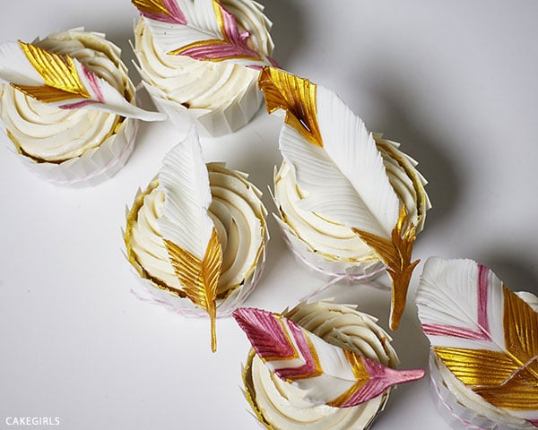 DIY Gold Feather Cupcake Toppers - Boho Chic Party Ideas