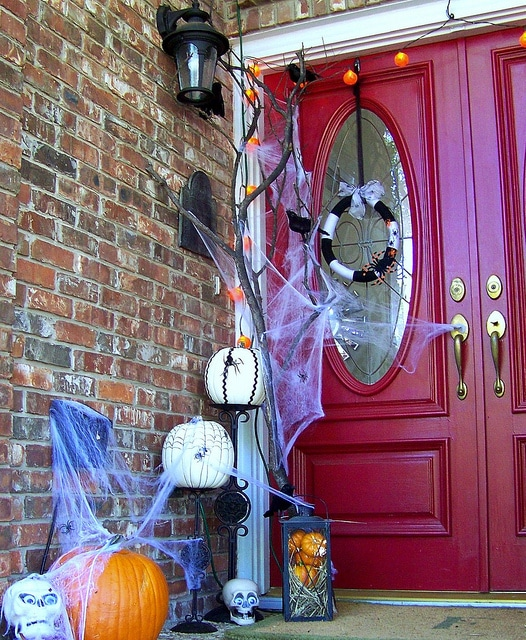 Halloween Front Porch Idea