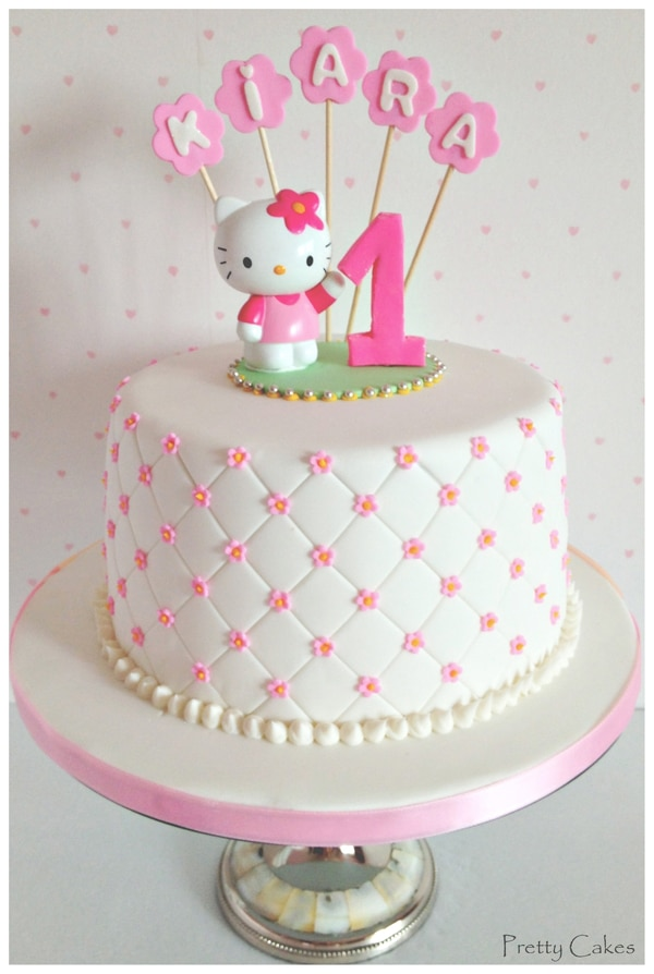 21 Hello Kitty Birthday Party Ideas Pretty My Party Party Ideas