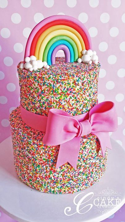 Rainbow Sprinkle Cake | Rainbow Party Ideas