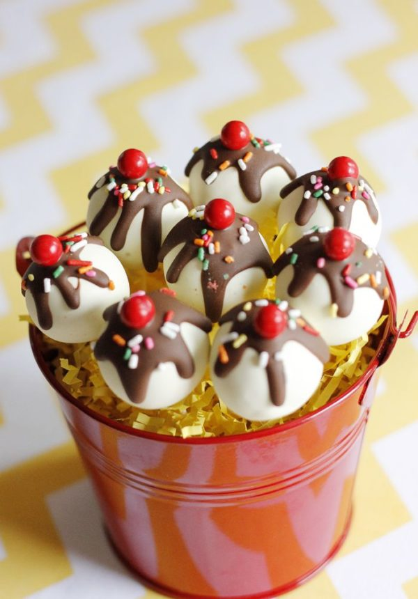 Ice Cream Sundae Cake Pops | Ice Cream Party Ideas