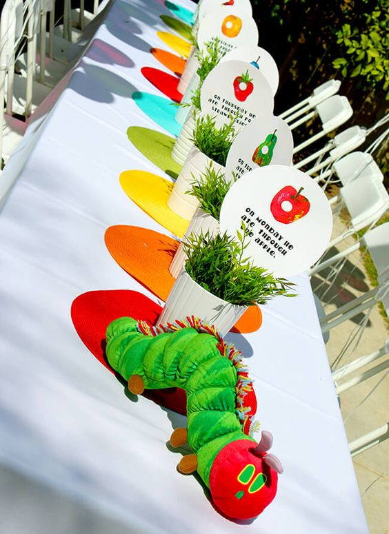 Very Hungry Caterpillar Table | Very Hungry Caterpillar Party Ideas
