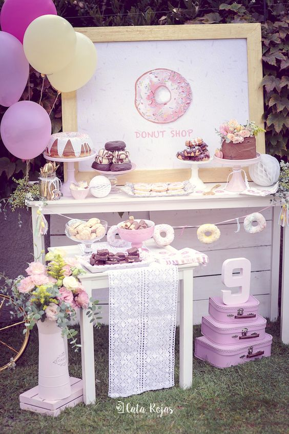 Vintage Donut Party Table | Donut Themed Party Ideas