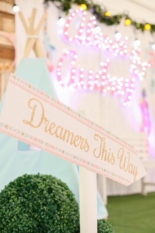 Boho Themed Dreamers Party Sign