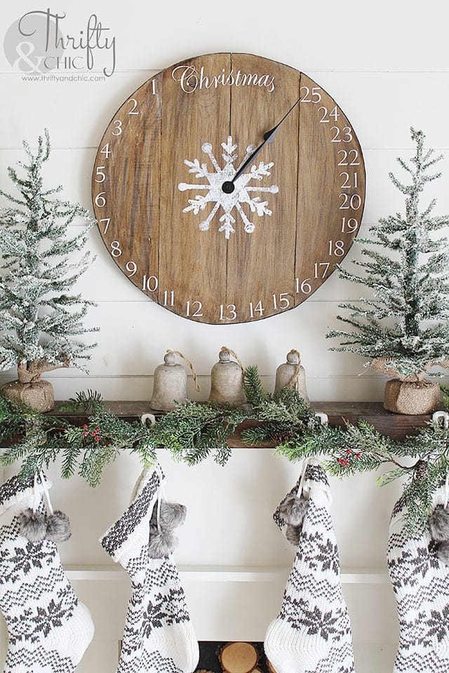 diy wood clock christmas advent calendar - Diy Wood Christmas Decorations