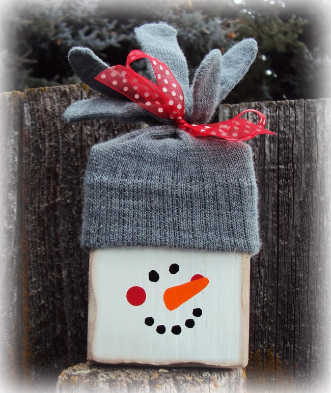 DIY Wooden Snowman Decor