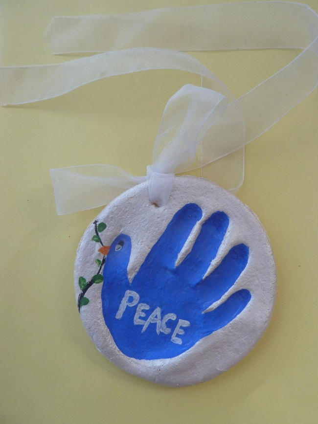 Salt dough handprint peace ornament - Salt Dough Ornament Ideas