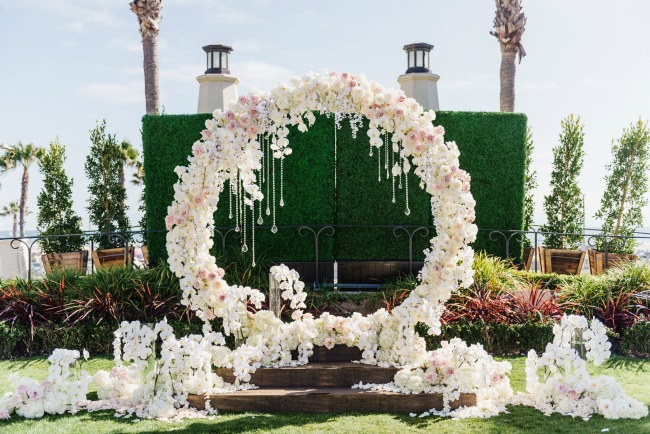 18 circle ceremony arch wedding decoration ideas pretty my party white and pink circle ceremony arch with flowers junglespirit Images