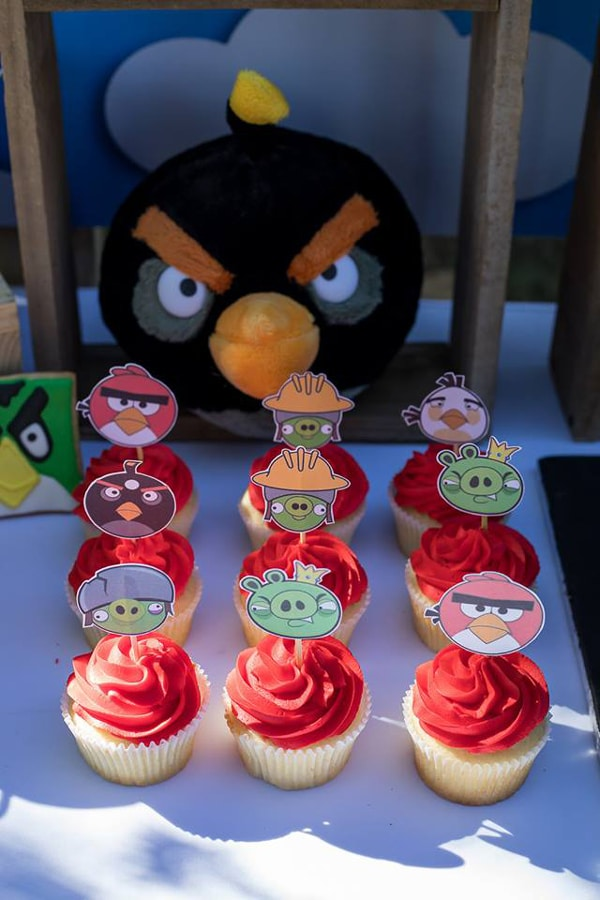 Angry Birds Birthday Cupcakes