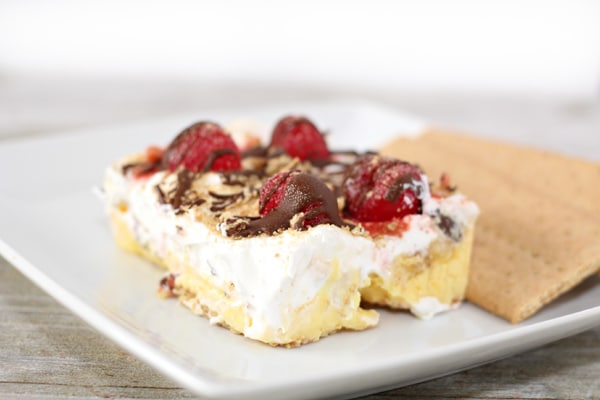 Banana Split Cake - Pretty My Party