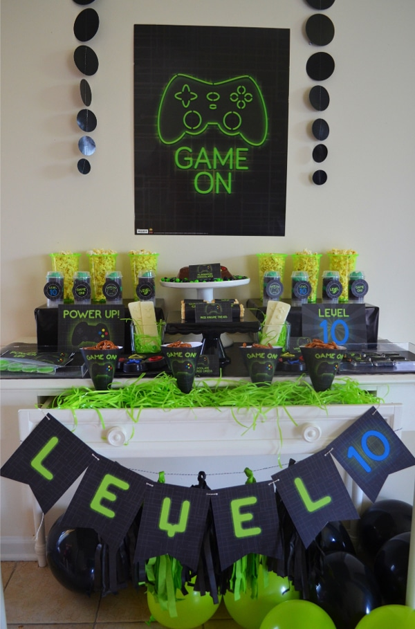 Gamer Birthday Party Dessert Table