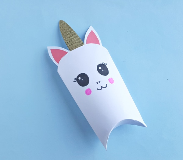 DIY Unicorn Favor Box Step 7