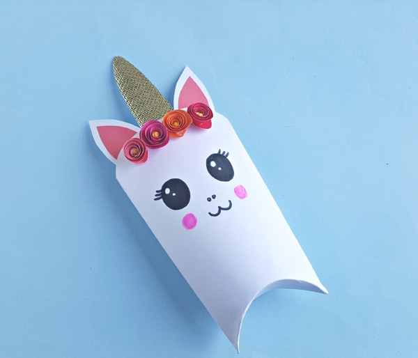 DIY Unicorn Favor Box Step 8