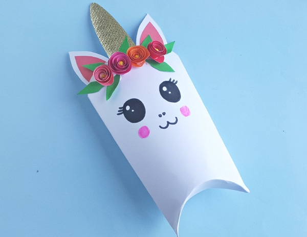 DIY Unicorn Favor Box Step 9