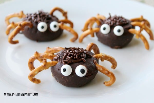 Easy Mini Chocolate Spider Donuts on Pretty My Party