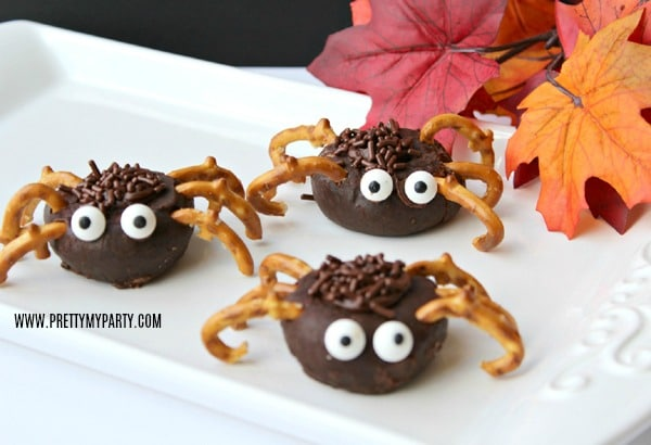 Easy Spider Donuts For Halloween on Pretty My Party