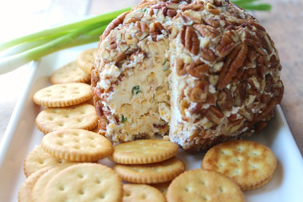 Bacon Cheddar Ranch Cheese Ball Recipe on Pretty My Party
