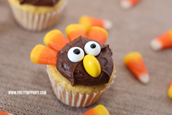 Easy Turkey Cupcakes on Pretty My Party