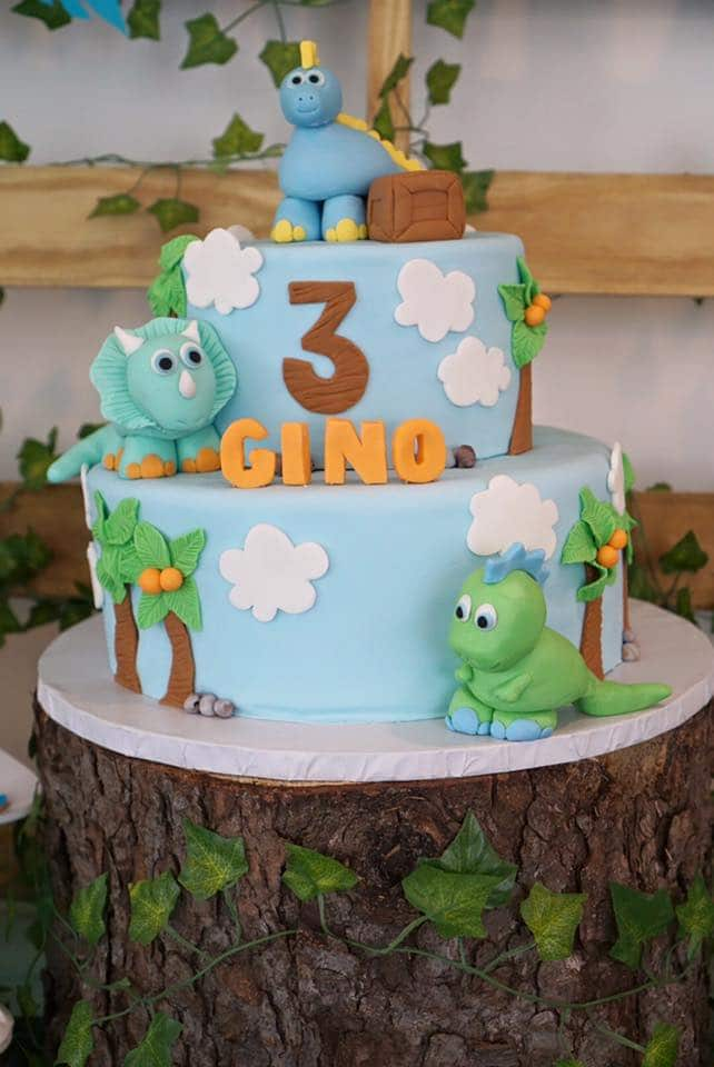Dinosaur Birthday Cake - Birthday Cakes For Boys on Pretty My Party