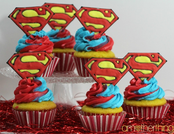 Superman Cupcakes - Superman Party Ideas