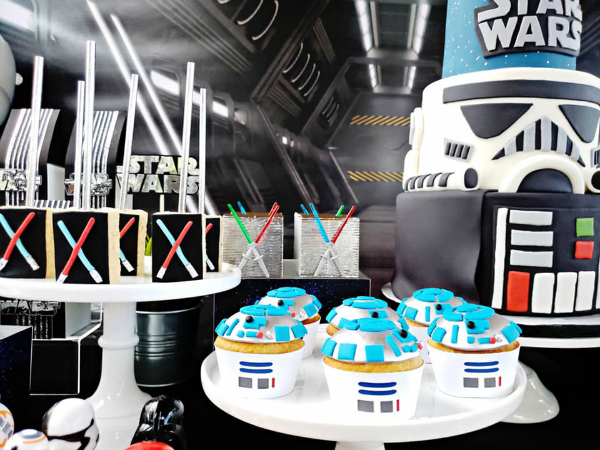 Star Wars Cupcakes and Desserts