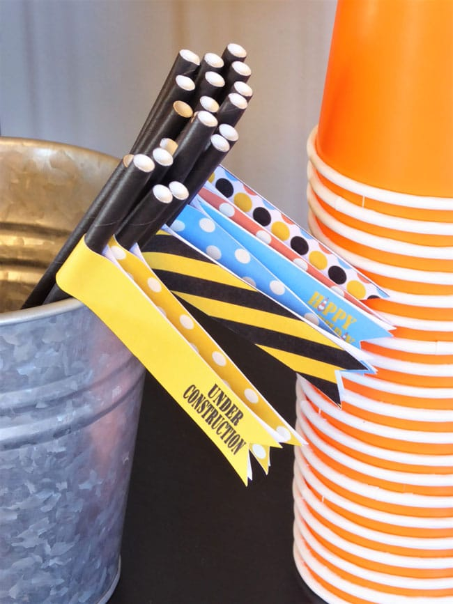 Construction Party Straw Flags