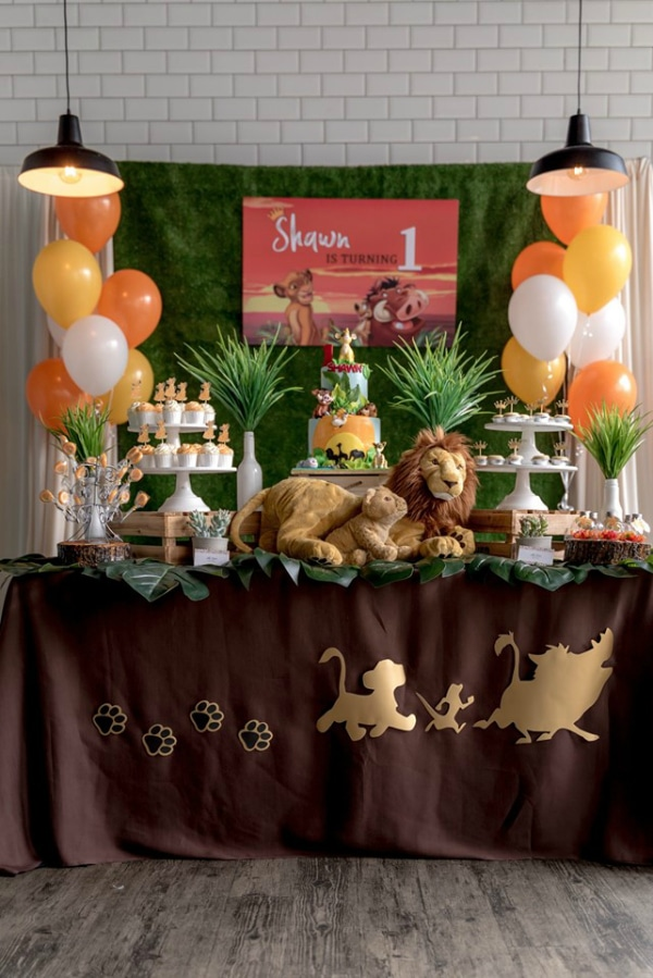 Lion King Dessert Table