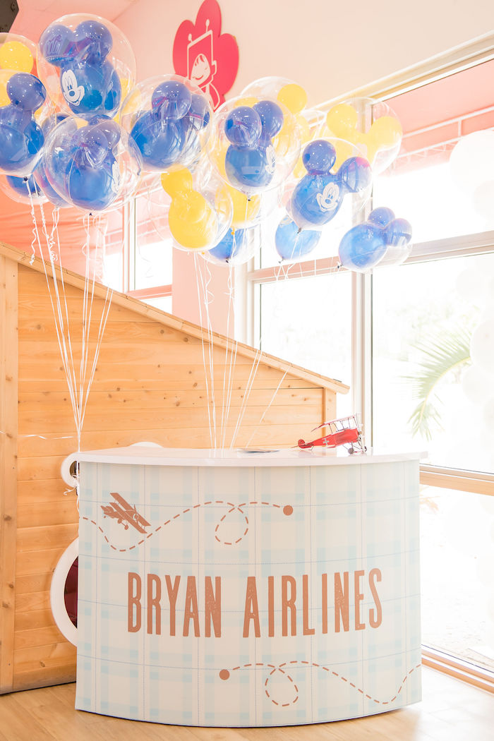 Aviator Mickey Mouse Party Decor