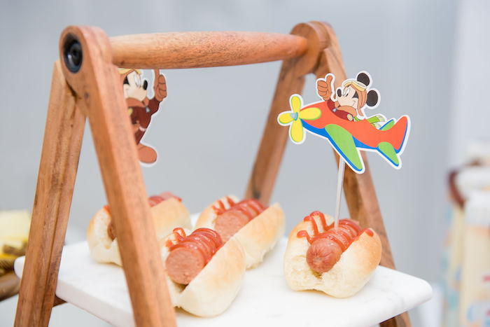 Mickey Mouse Party Hot Diggity Dogs