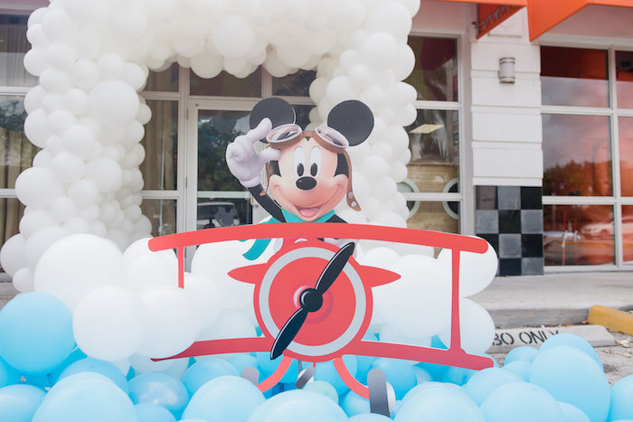 Aviator Mickey Mouse Party Balloon Decorations