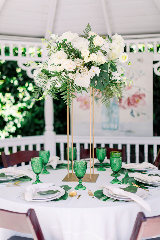 Green and White Table Decorations