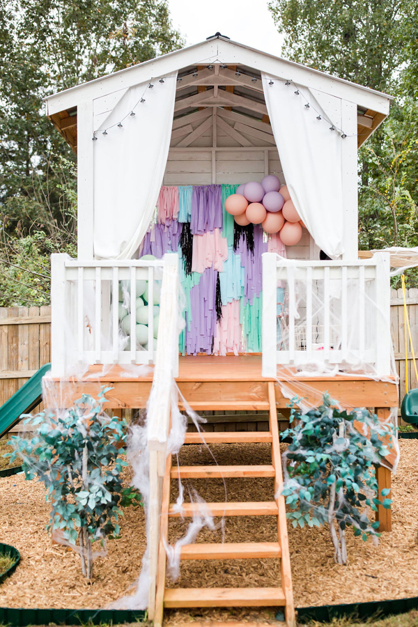 Pastel Halloween Party Decor