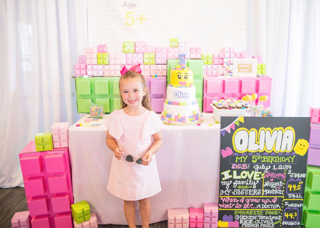 Girly Lego birthday party