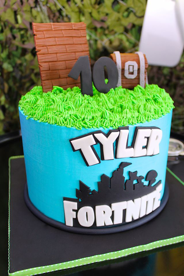Fortnite Battle Royale Birthday Cake