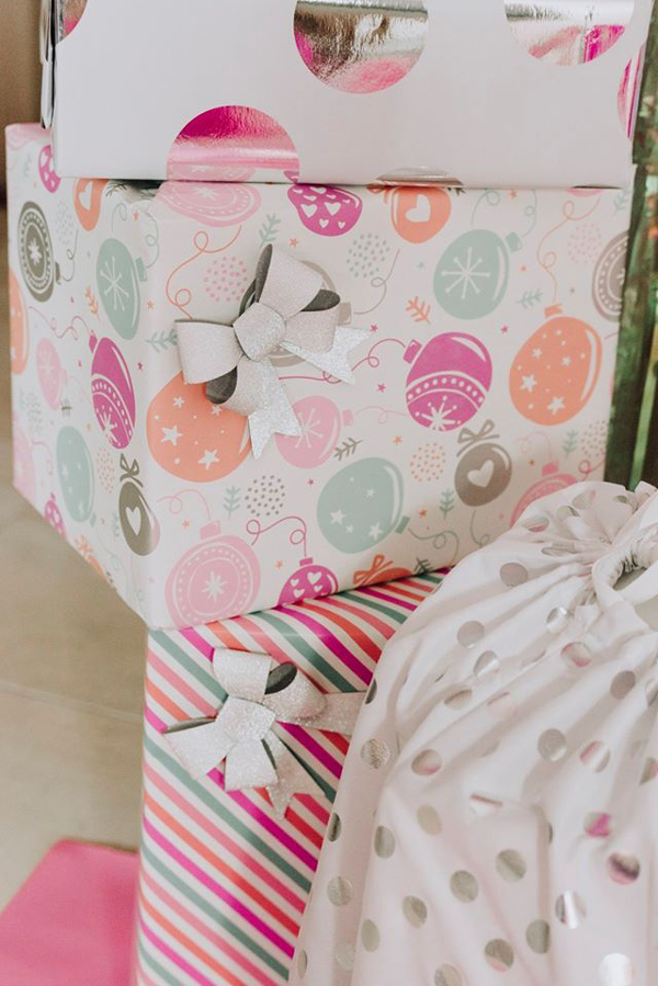 Pretty Pastel Holiday Wrapping Paper With Bows