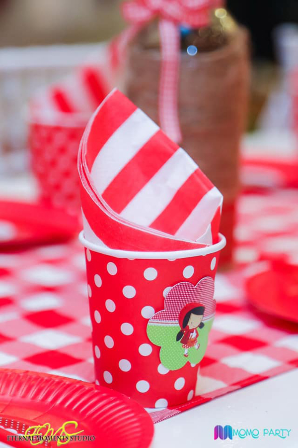 Red and White Polka Dot Party Cups