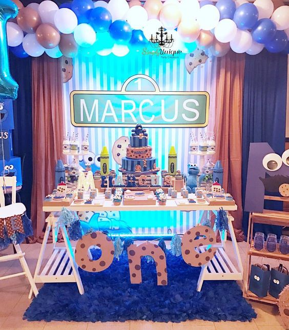 Cookie Monster Party Dessert Table