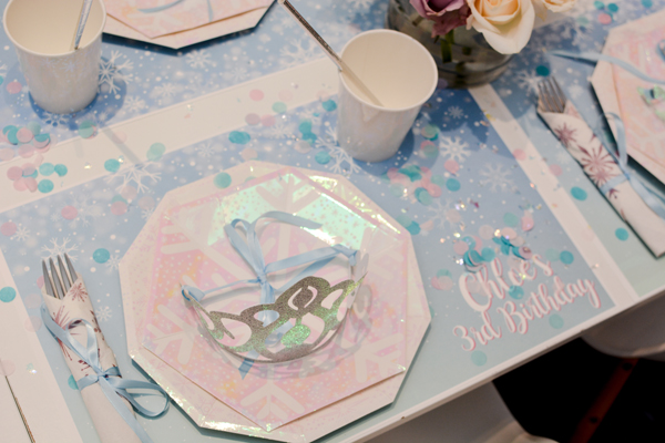 Frozen Party Place Setting